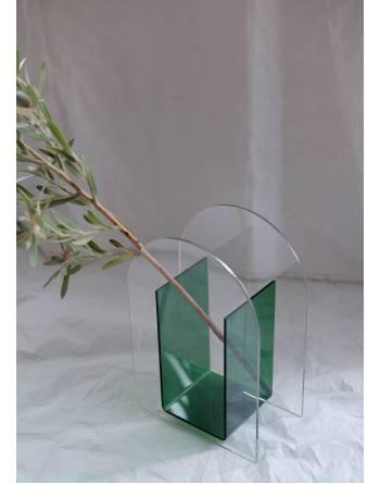 Andria Acrylic Vase